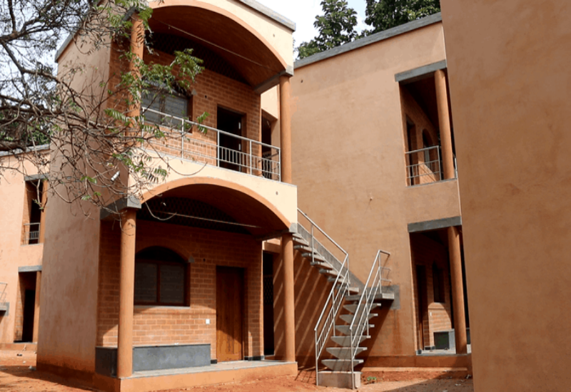 Study calls for climate-friendly earthen homes, not concrete